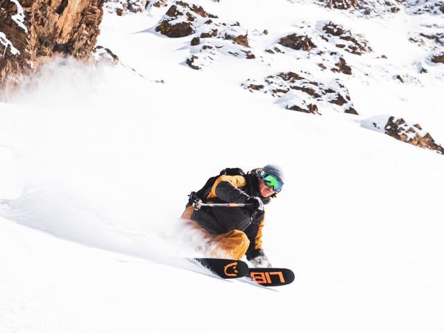 114-les-2-alpes-automne-hiver-ski-1.jpg