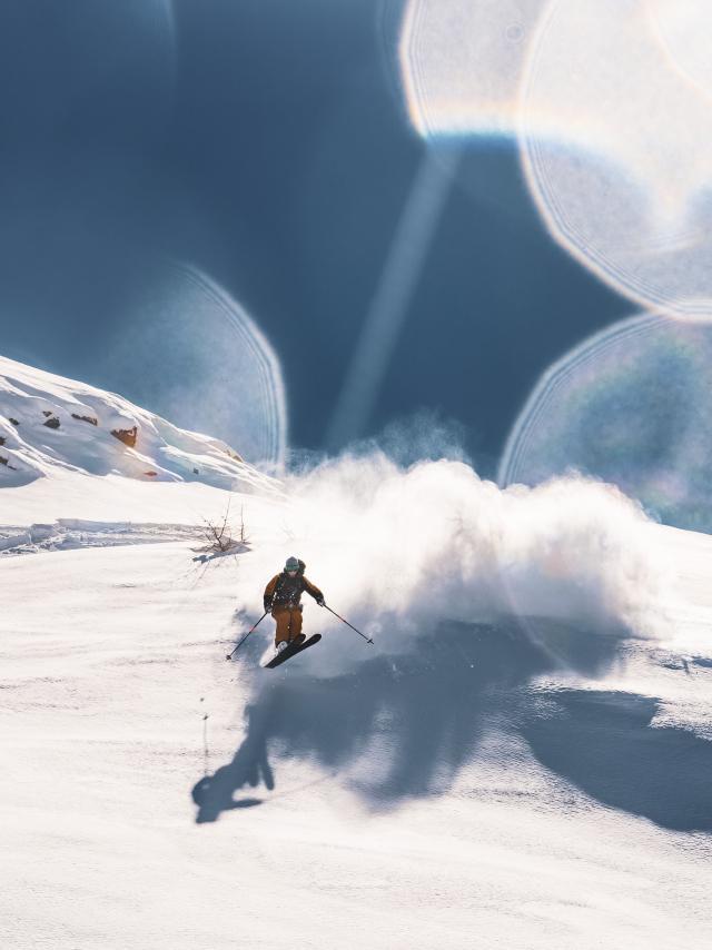 Plaisir ciel bleu et poudreuse les ingrédients d'une bonne journée aux Deux-Alpes