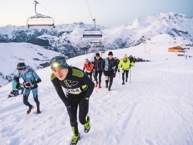 Événement Les Deux Alpes Night Snow trail une course de trail sur neige en début d'hiver