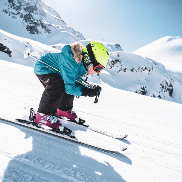 222-les-2-alpes-automne-hiver-enfant-ski-1.jpg