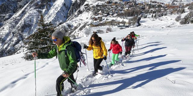snowshoeing in Les 2 Alpes