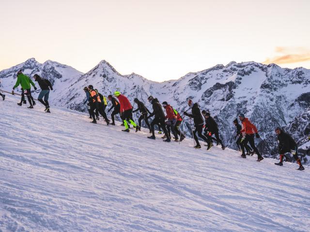 Les Deux Alpes Night Snow trail est un événement de course à pied organisé en début d'hiver