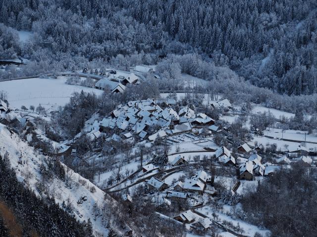Venosc Village 01