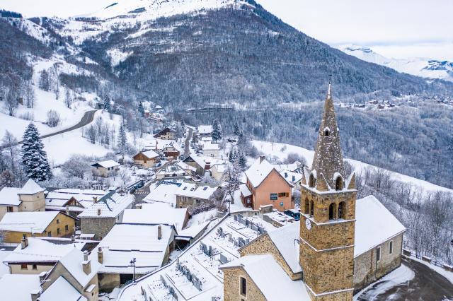 Mont De Lans Village Église Paysage Les 2 Alpes Montagne