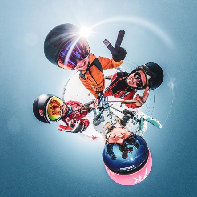 amis-ete-glacier-ski-snowboard-2alpes.jpg