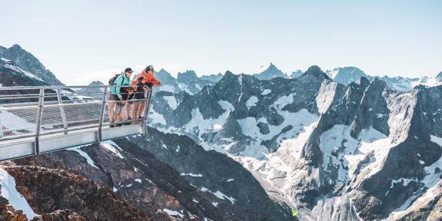 belvedere-famille-ete-le-glacier-les2alpes.jpg