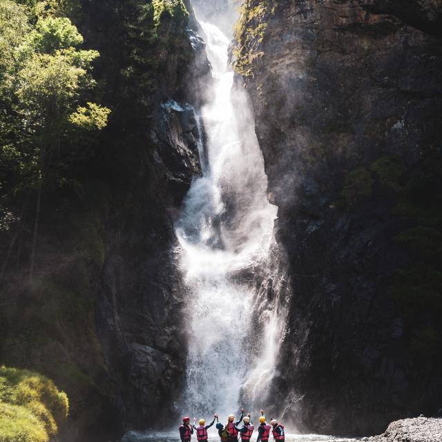 cascade-ete-rafting-les2alpes.jpg