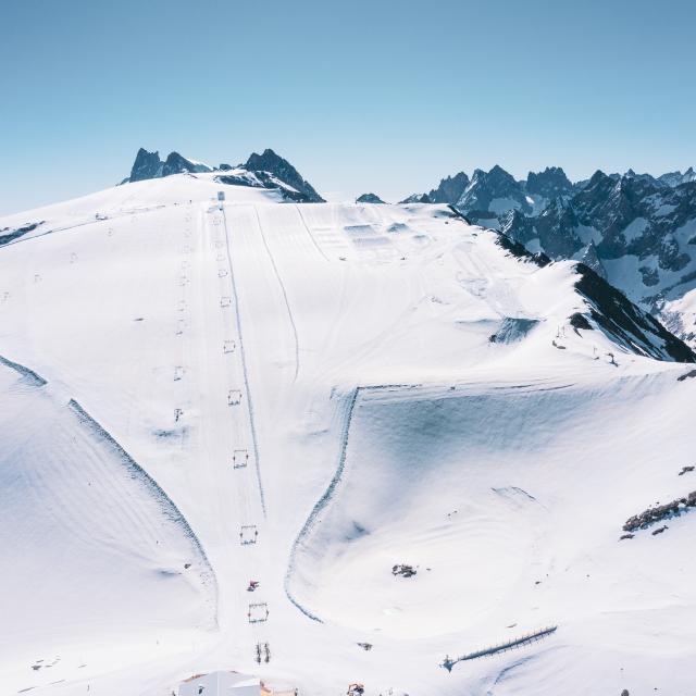glacier-des-2-alpes-ete.jpg