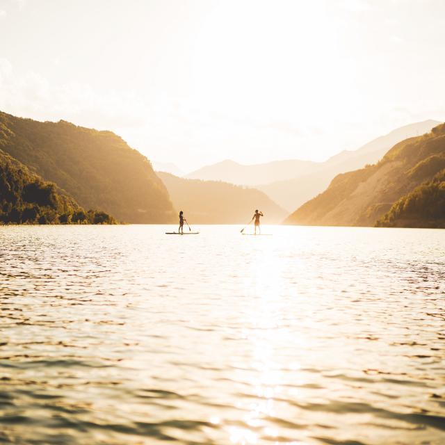 lac-du-chambon-ete-paddle-les2alpes.jpg