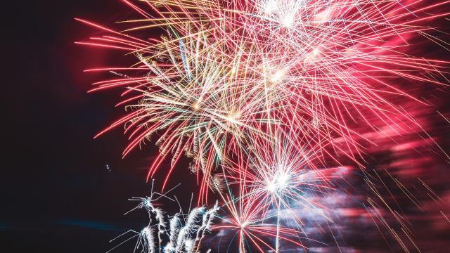 Feu Artifice Été Lac Buissonnière 14 Juillet