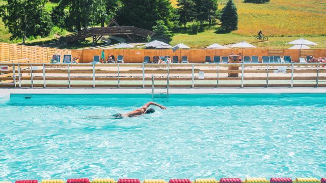 piscine-des-2-alpes.jpg