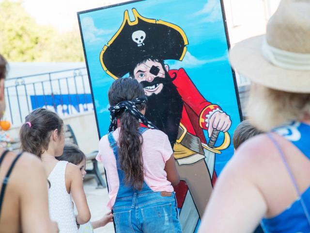Les Grimaldines Dans Les Rues Festival Golfe De Saint Tropez (28)