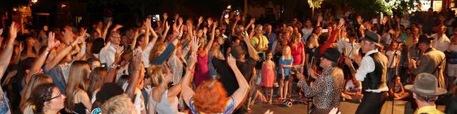 Les Grimaldines Dans Les Rues Festival Golfe De Saint Tropez (37)