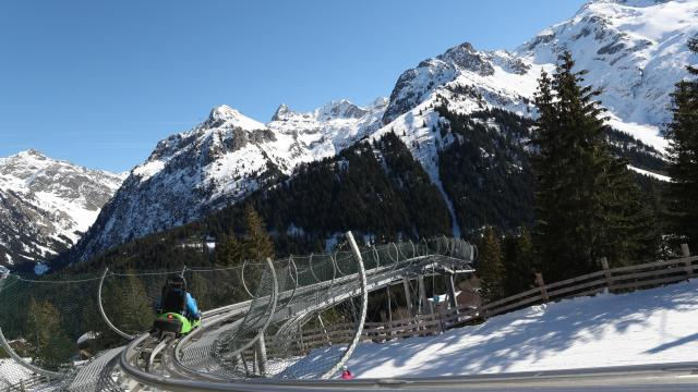 Le Pleynet / Les 7 Laux : enjoy the sensations of the Wiz Luge and take advantage of its exceptional natural setting.