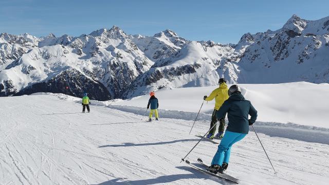 7-laux-ski-alpin-famille