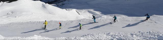 7-laux-ski-alpin-groupe-de-ski