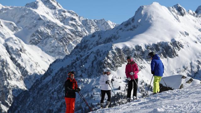 Le Pleynet / Les 7 Laux : pause pour contempler les massifs alpins de la vallée du Haut-Bréda