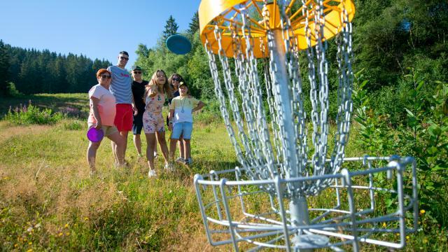 Disc-Golf aux 7 Laux en été
