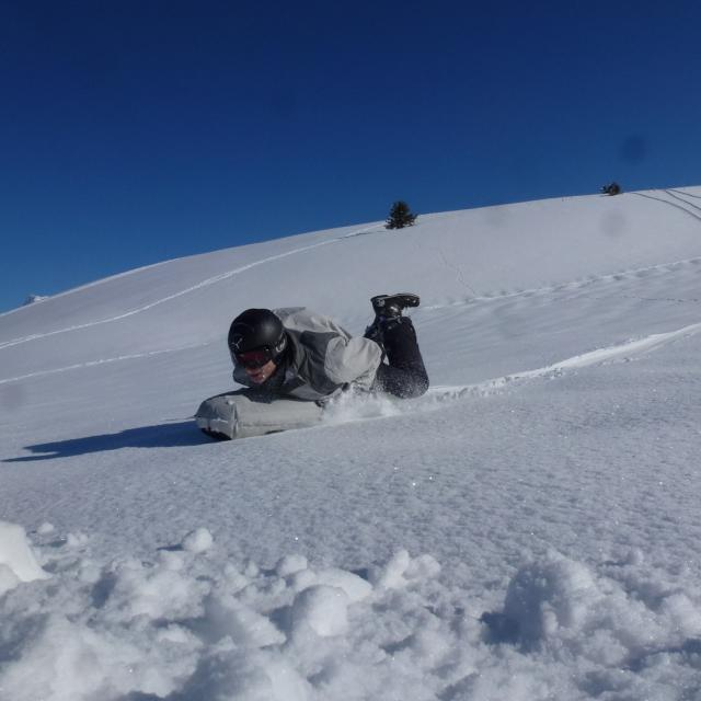 7-laux-airboard-activite-neige
