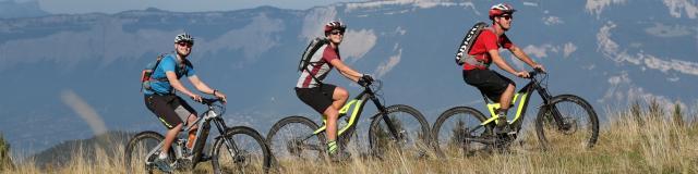 balade en vélo électrique aux 7 Laux