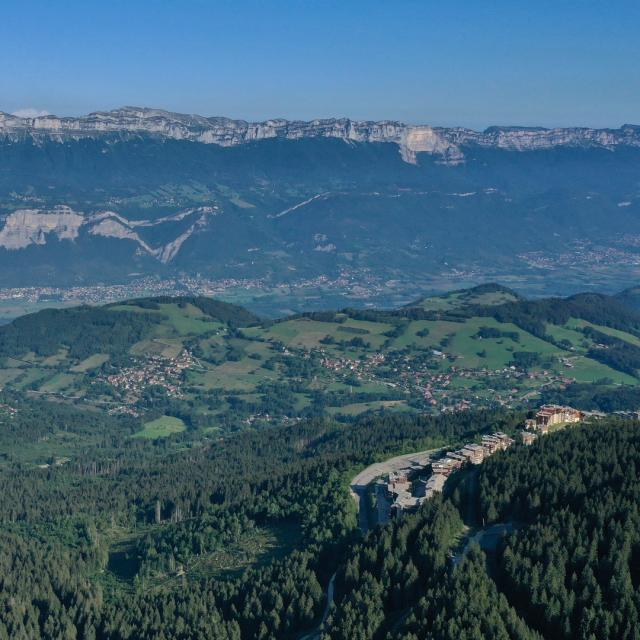 Vallée du Grésivaudan vue du ciel