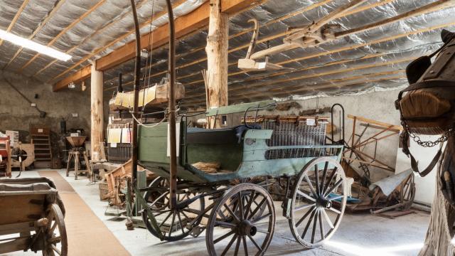Charette ancienne musée La Comba Autrafé