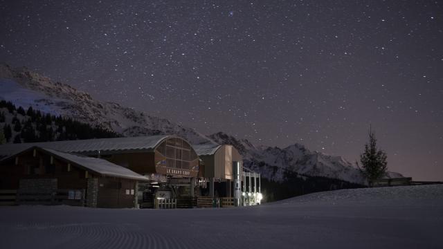 Télésiège du Grand Cerf à Pipay de nuit