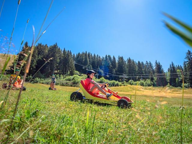 Kart d'été sur herbe aux 7 Laux