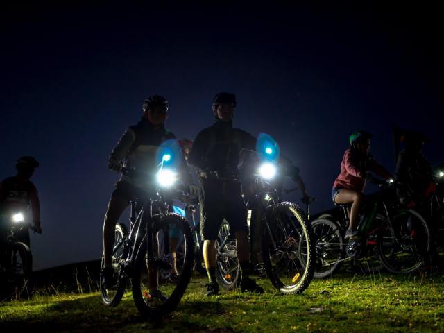 sortie en vélo électrique nocturne