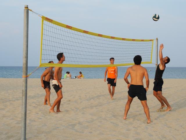 Volley ball sur la plage beach volley