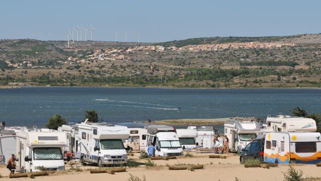 Aire Camping Car Le Goulet Leucate