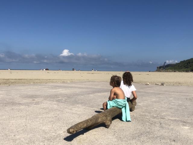 Enfants sur la plage - La Franqui