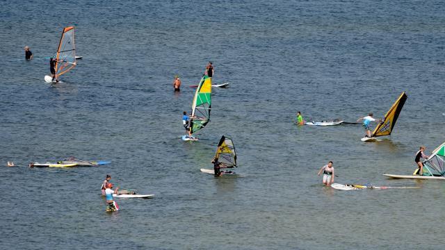 Spot Le Goulet Leucate windsurf sur l'étang