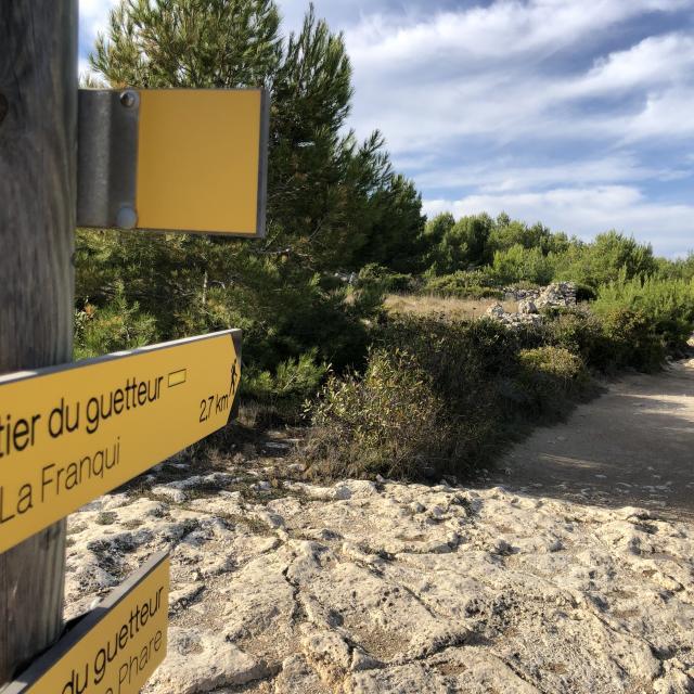 Sentier de randonnée balisé - Plateau de Leucate