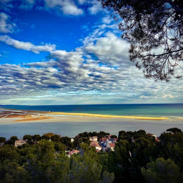 Photo de la plage des Coussoules depuis la Falaise de Leucate