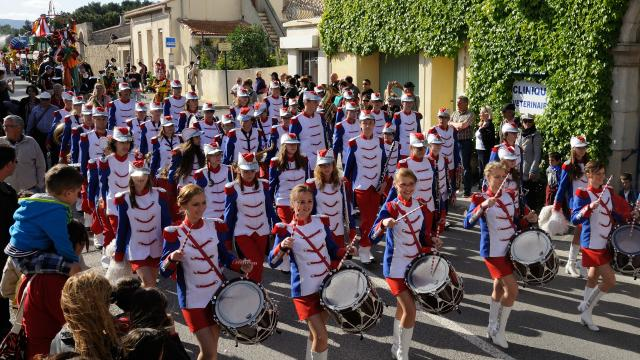 Parade Sol Y Fiesta