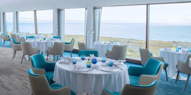 Photo de la salle avec Vue sur mer au restaurant Le Grand Cap Leucate