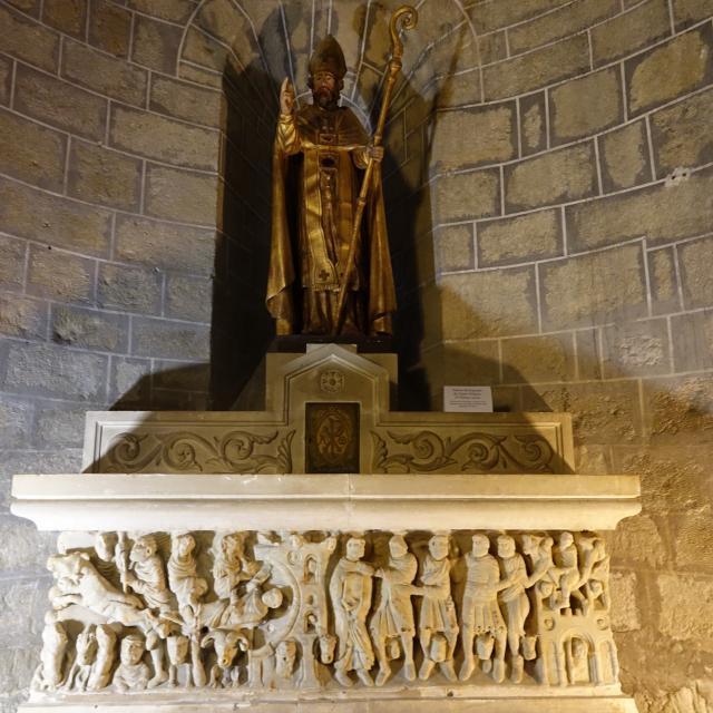 Saint-Hilaire_Abbaye_Eglise_Sarcophage de Saint-Sernin_PCU_2019_06_14_Libre de droit_©Laetitia Martinez