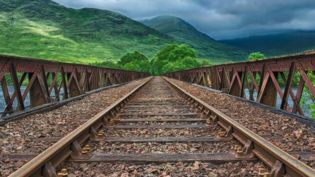 Railway 2439189 1920