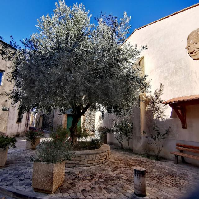 Village De Pieusse