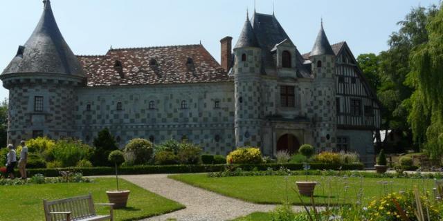 Chateau Saint Germain De Livet