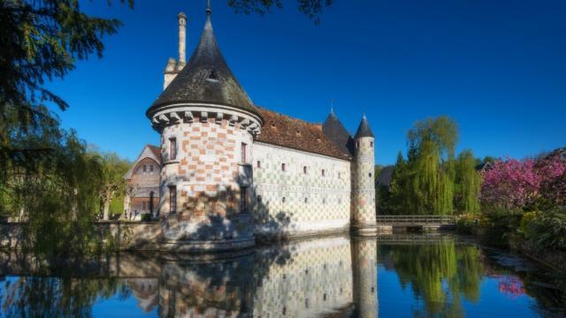 Chateau De Saint Germain De Livet Douves