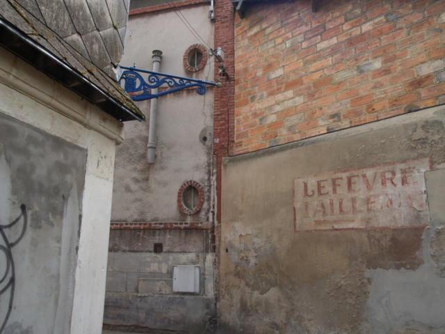 Lisieux, les petits quartiers intimes