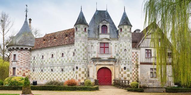 Chateau De Saint Germain De Livet Façade