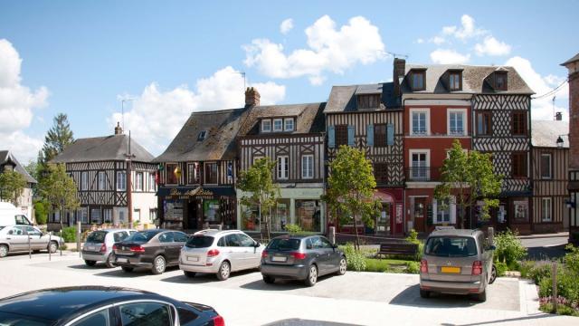 maisons-de-moyaux.jpg