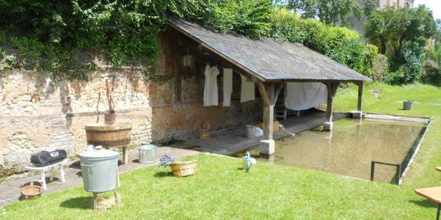 Lavoir de la Chapelle-Yvon