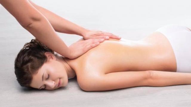 Massage Et Soin Du Corps