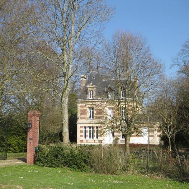 Chateau Launay