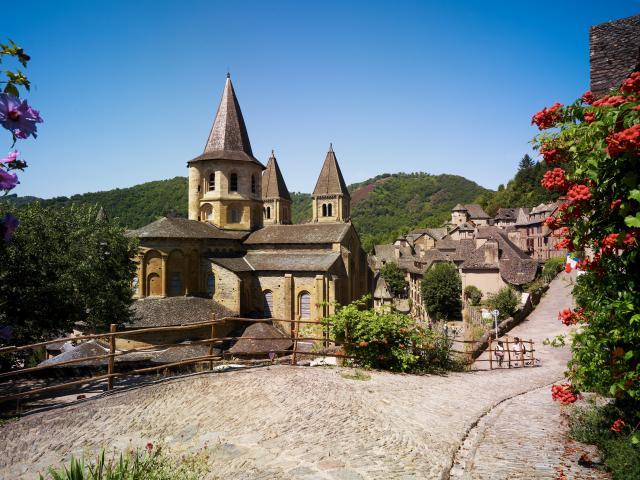 01 Conques 1 C Crt Midi Pyrenees D Viet 0
