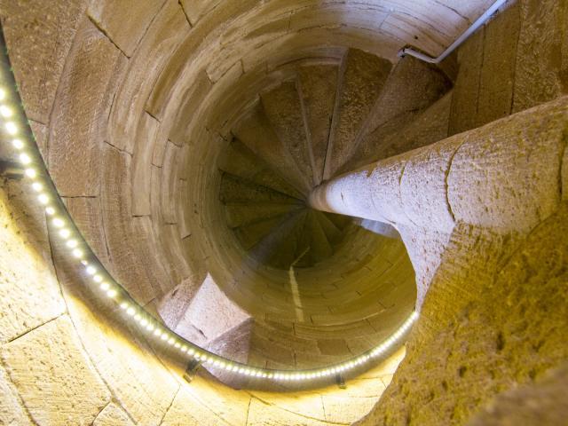 Escalier de la tour de Cardaillac
